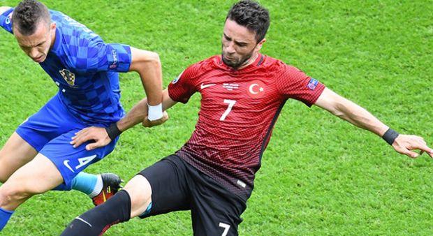 Gökhan Gönül UEFA'ya konuştu!