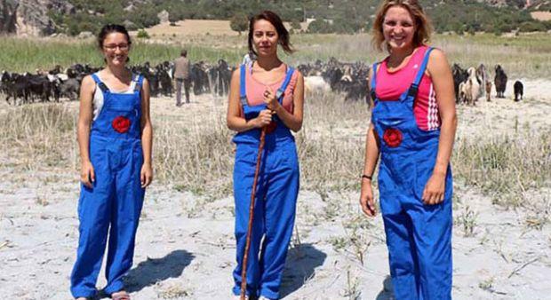 3 üniversiteli kız çoban oldu!