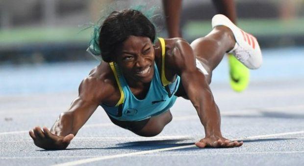 Olimpiyatlarda olay! 400 metreyi yatarak kazandı...