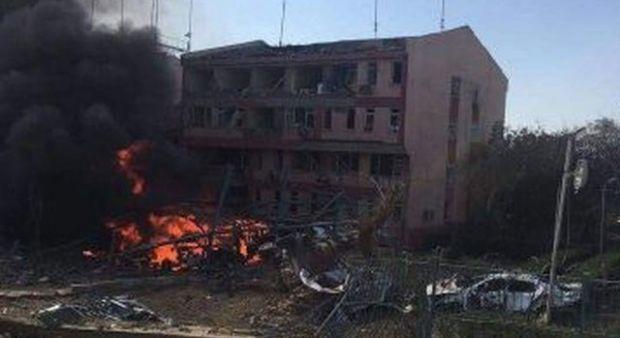Elazığ Emniyet Müdürlüğü önünde büyük patlama! 3 şehit, 100'den fazla yaralı var