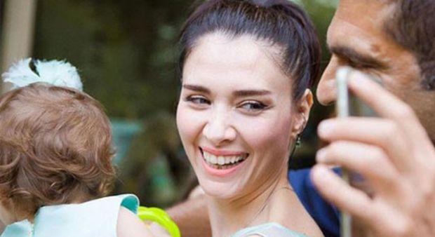 Nefise Karatay'ın kızı Maya 1 yaşında