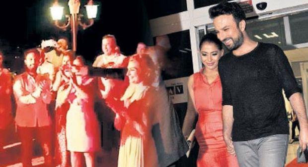 Megastar Tarkan eski aşkı Bilge Öztürk ile eşini tanıştırdı!
