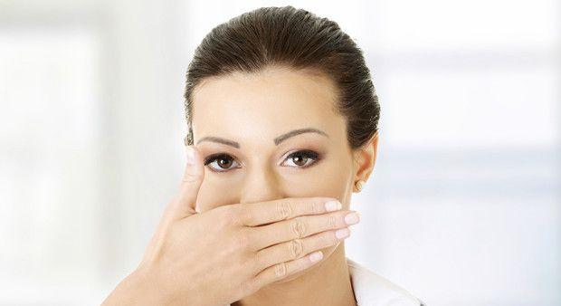 Evlilikleri bitiren hastalık: Ağız kokusu