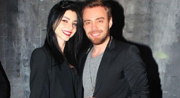 Murat Dalkılıç'a Harbiye konserinde Merve Boluğur desteği