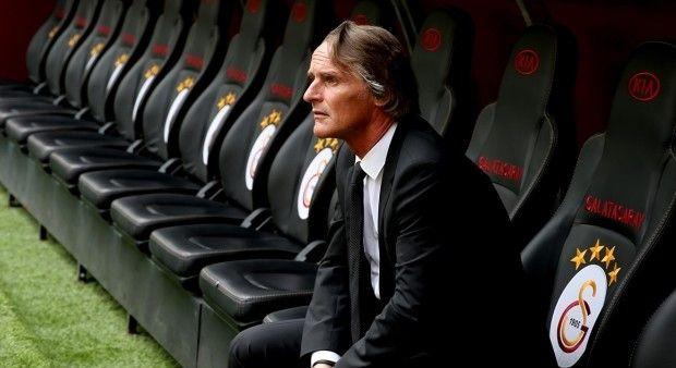 Galatasaray oyun sistemini değiştiriyor
