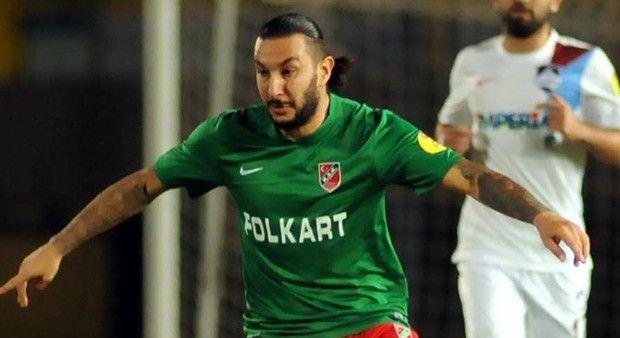 Necati Ateş futbolu bıraktı!