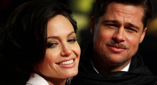 Angelina Jolie ile Brad Pitt çiftinin heykelleri de ayrıldı