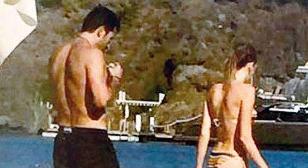 Sinem Kobal ve Kenan İmirzalıoğlu çifti Marmaris'te