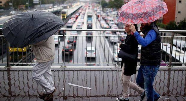 Meteoroloji İstanbul için saat verdi...