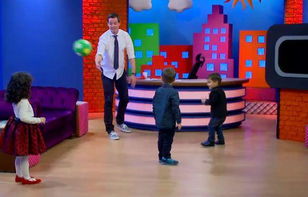 Stüdyoda yakar top oynadılar