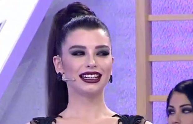 155. bölüm Aleyna Eroğlu podyumda