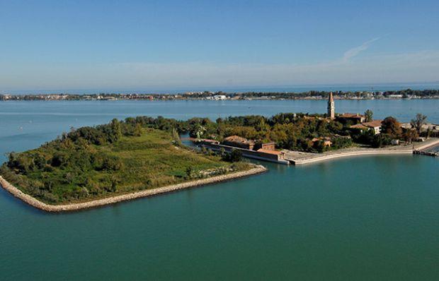 İtalya'daki ölüm adası Poveglia!