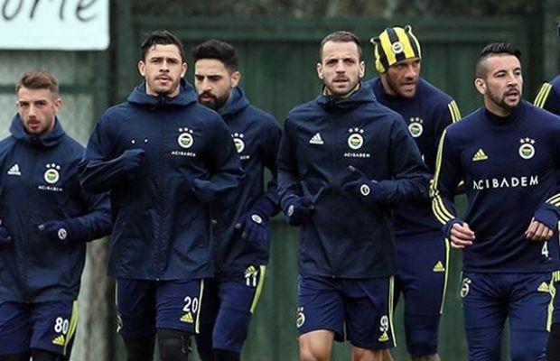 Fenerbahçe'de ilk yolcu belli oldu! Sezon sonunda ayrılık...