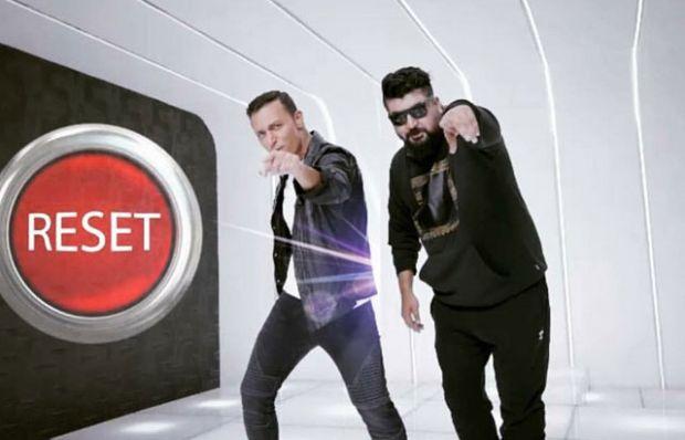 'Reset' 10 milyonu geçti! Mustafa Sandal'dan hayranlarına özel teşekkür