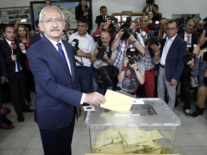 Kemal Kılıçdaroğlu oyunu kullandı