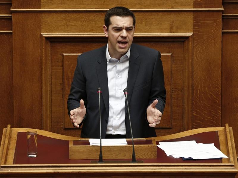 Yunanistan'da istifa şoku!