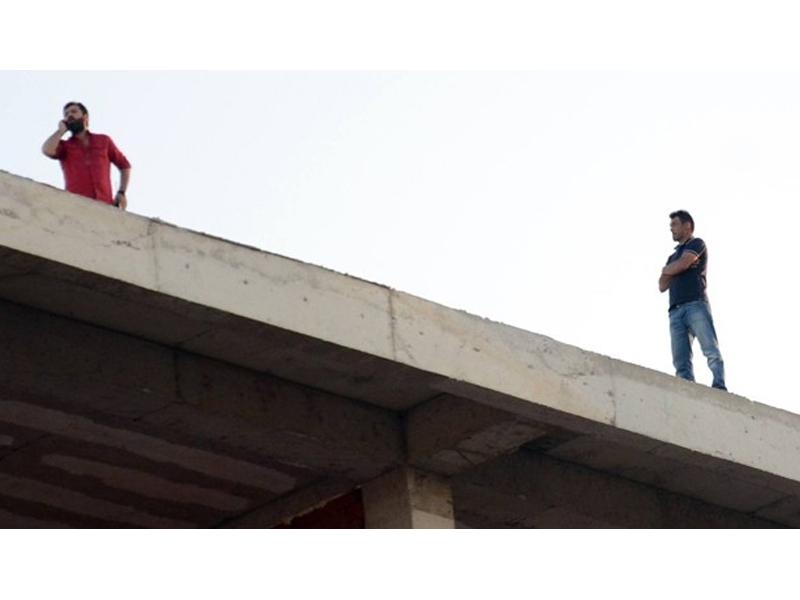 Polis, intihar eden adamı Whatsapp'la ikna etti