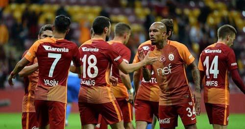Galatasaray'dan gidecek oyuncular için flaş karar!