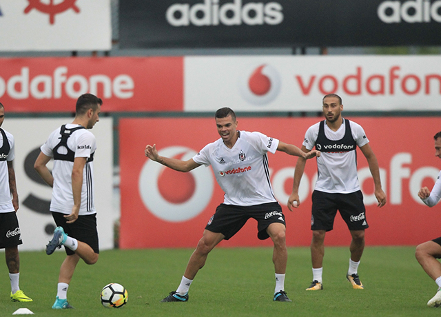 Beşiktaş'ta devler ligi hazırlığı...