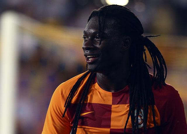 Bafetimbi Gomis söz aldı! 20 golü geçerse...
