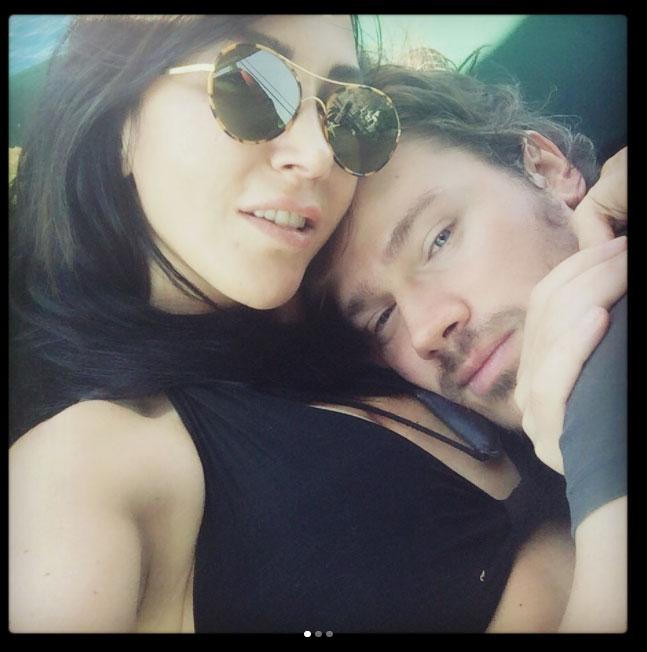 Hande Yener ve Ümit Cem Şenol'dan aşk pozu