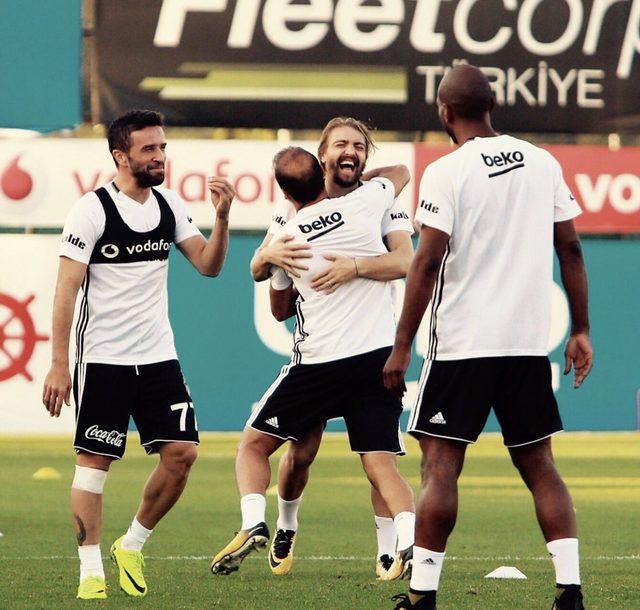Caner Erkin, Fenerbahçeliler'i çıldırttı!