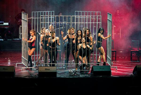 Broadway'den İstanbul'a Müzikaller nefes kesti