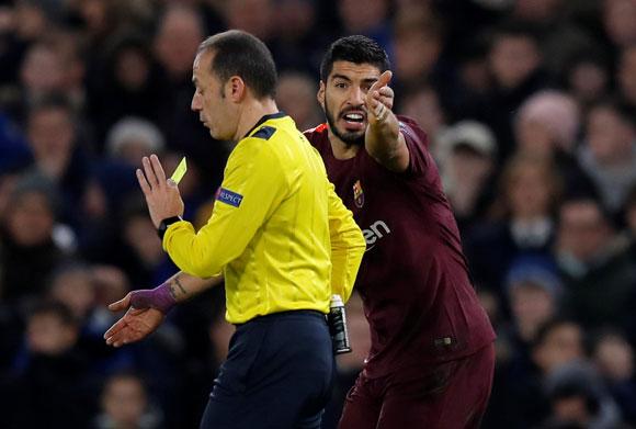 Messi ile Cüneyt Çakır arasında güldüren anlar!