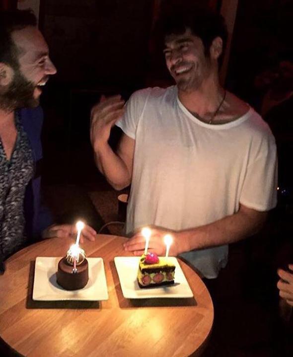 Hamamda doğum günü kutlaması