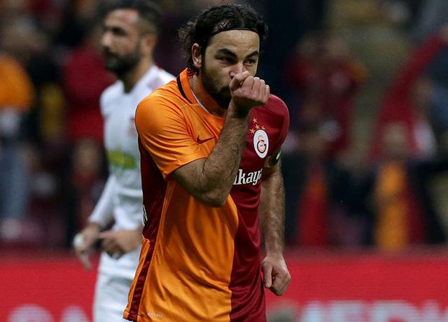 Selçuk İnan'ın menajerinden Galatasaray'a icrayla ödeme emri geldi