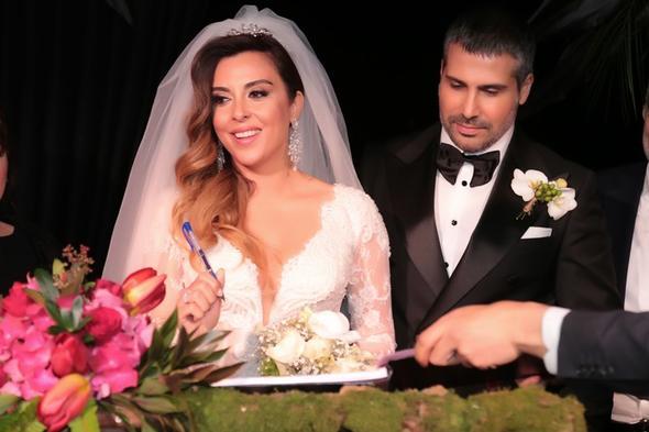 Aslıhan Hünel evlendi
