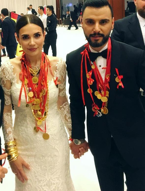 Alişan ile eşi Buse Varol'a teklif yağıyor