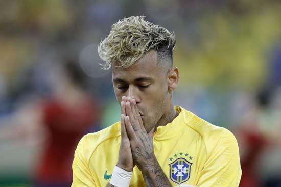 Neymar'ın 'makarna' saçları şoke etmişti! İşte yeni imajı...