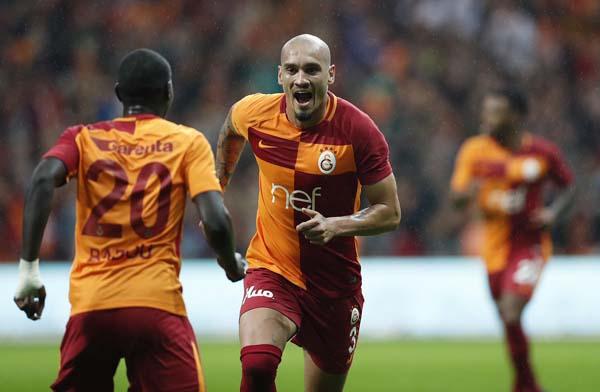 Fenerbahçe'den ayrıldı, Galatasaray'a gidiyor!