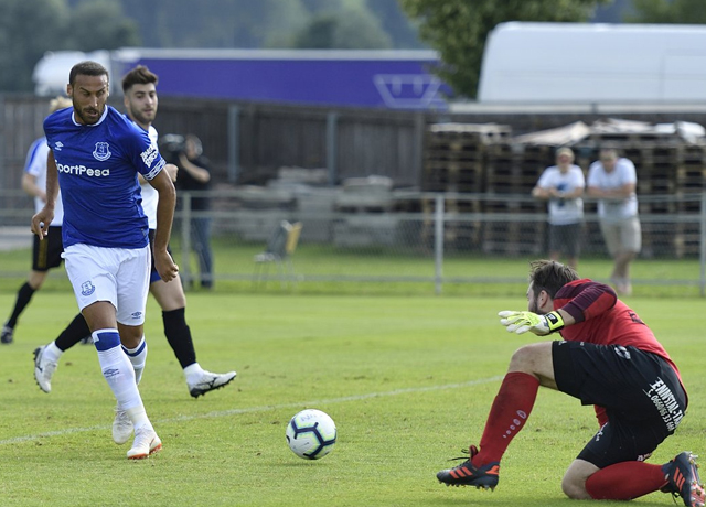Cenk Tosun coştu, Everton fark attı!