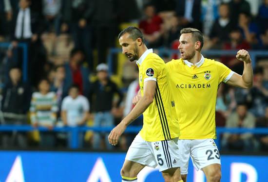 Barcelona'nın yıldızı Fenerbahçe'nin radarında!
