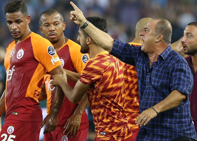 Fatih Terim'den yıldız futbolcuya eleştiri!