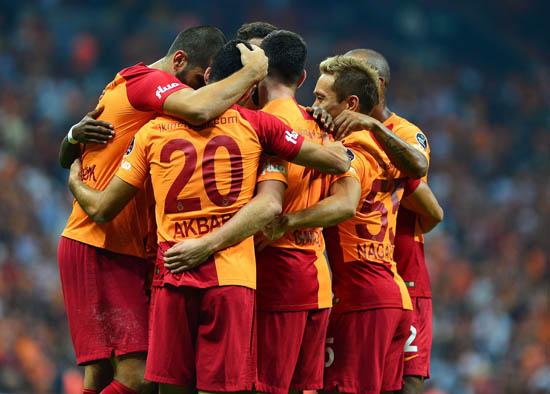 Galatasaray'dan devre arası iki bomba transfer!