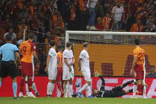 Rus basınında şaşırtan Galatasaray yorumu! 'Daha iyi...'