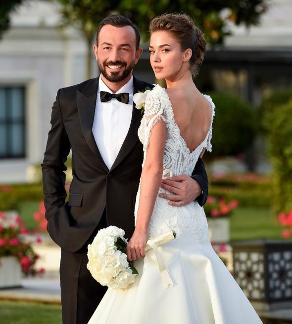Bensu Soral'dan evlilik yorumu!
