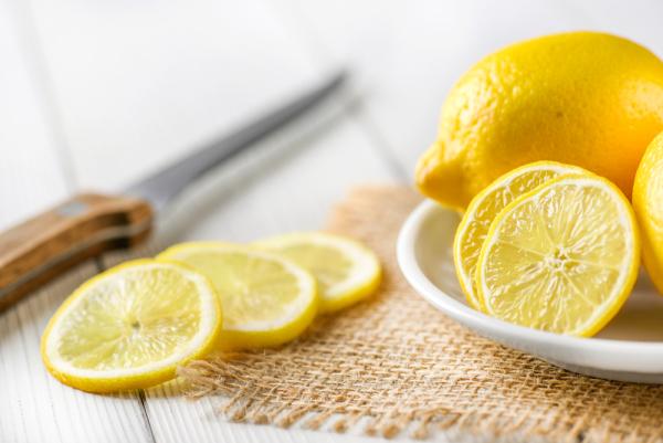 1 ay boyunca limonlu ılık su içerseniz ne olur?
