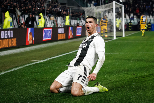 Ronaldo'nun Whatsapp konuşmaları gündeme oturdu!