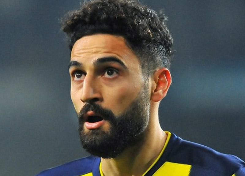 Fenerbahçe'de derbi öncesi Mehmet Ekici şoku: 3 maç men