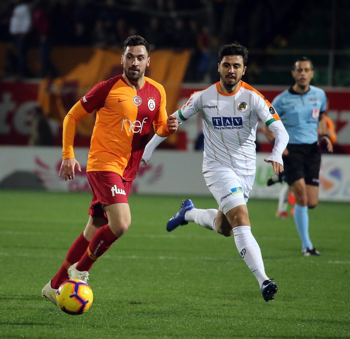 Galatasaraylı Sinan Gümüş İtalya yolcusu!
