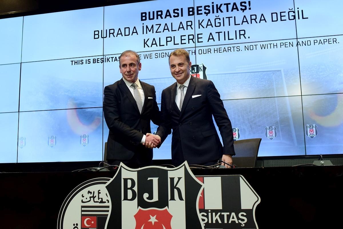 Abdullah Avcı Beşiktaş'la sözleşme imzaladı!