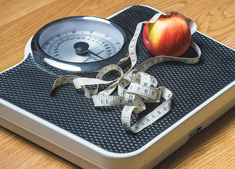 Uzmanından uyarı: Yaza fit girmek için yemek yiyin