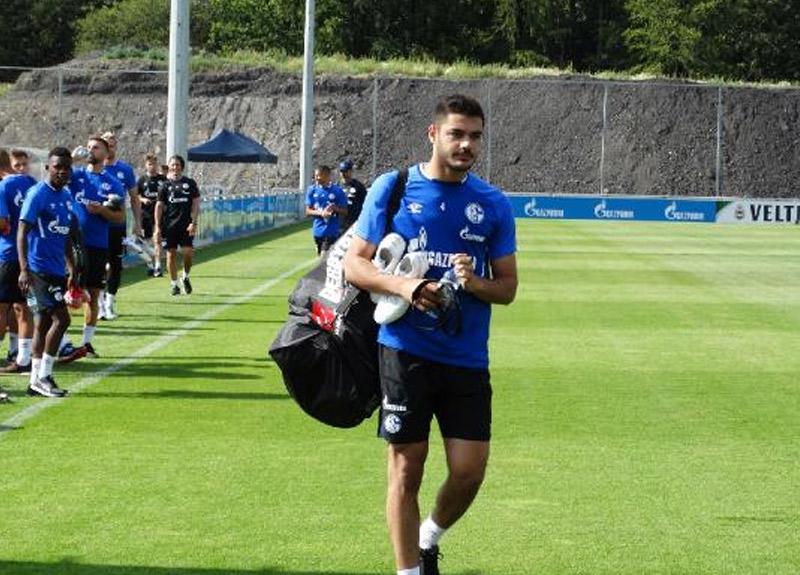 Ozan Kabak'ın Schalke heyecanı