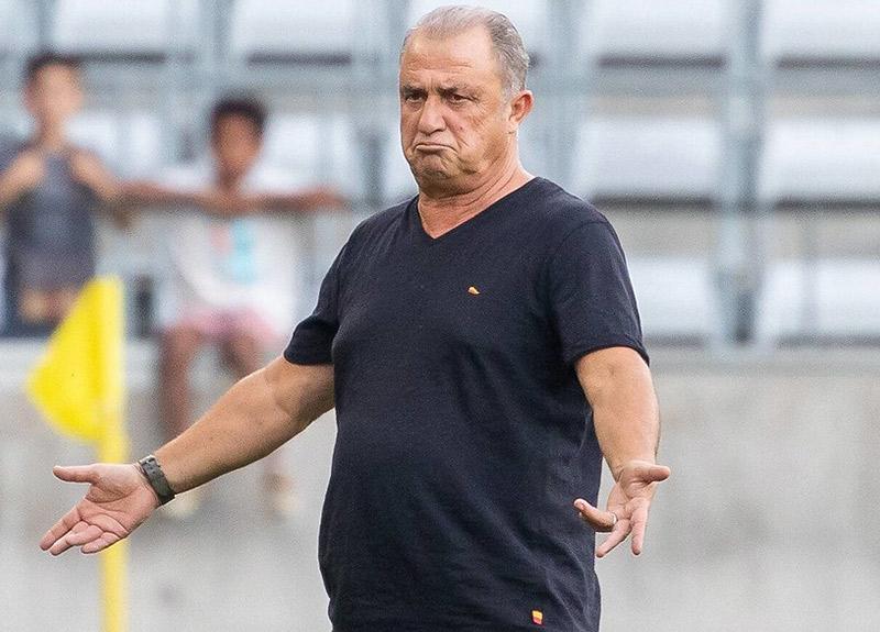 Fatih Terim'den oyuncularına ikaz: Galatasaray'da oynayan adam…