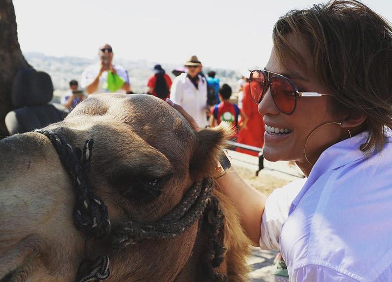 Jennifer Lopez: Bu deve benim kadar mutlu mu?