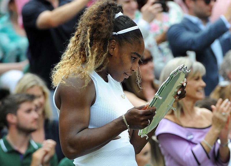 Serena Williams en fazla para kazanan kadın sporcu oldu